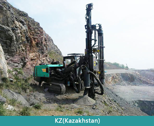 HFHB7-DTH-drilling-rig-at-worksite