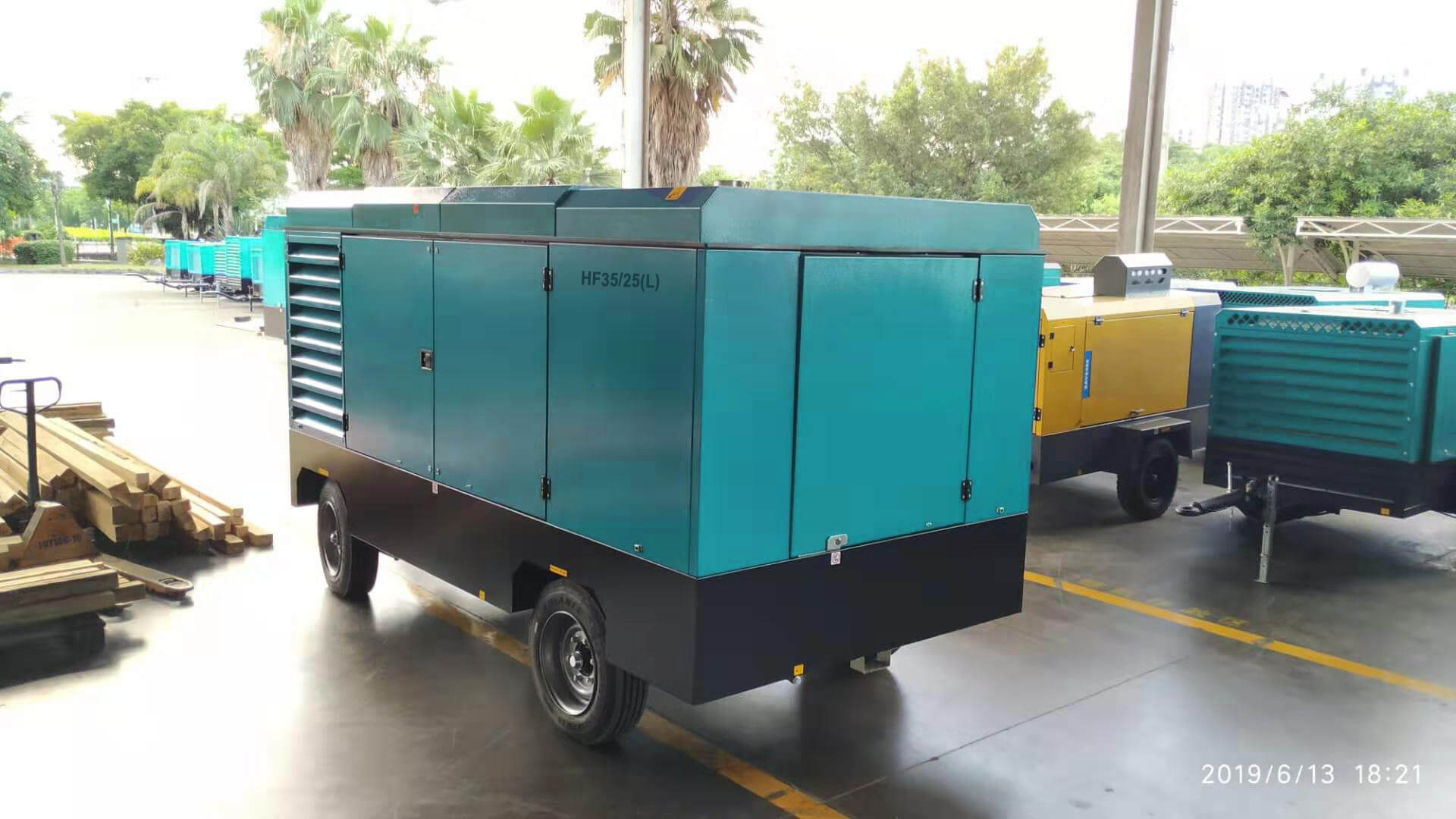HF28/25 (L) Mobile Screw Air Compressor